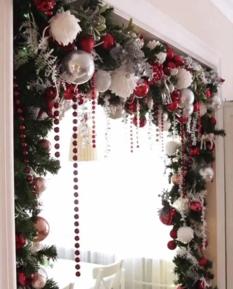 80+ Beautiful Christmas Decorating Ideas on A Budget ~ IRMA