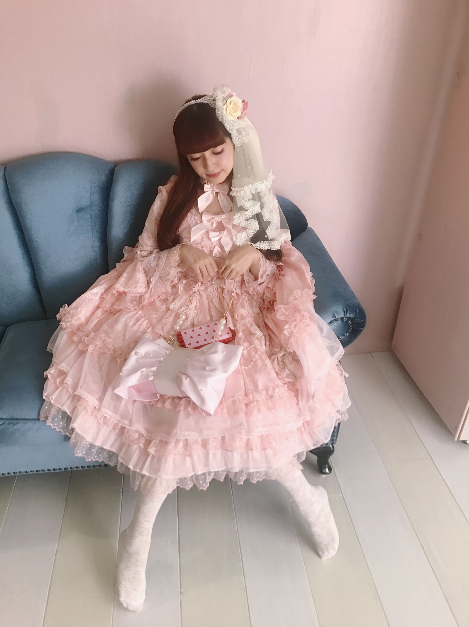 Misako Aoki in Angelic Pretty   Gothic / Lolita   Pinterest   Moda ...
