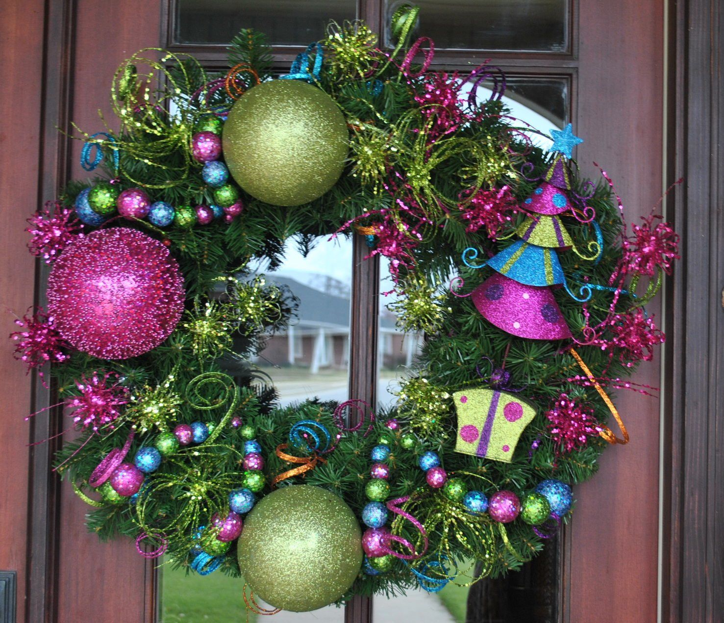 hot pink and lime green christmas tree wreath via etsy wreaths i love pinterest. Black Bedroom Furniture Sets. Home Design Ideas