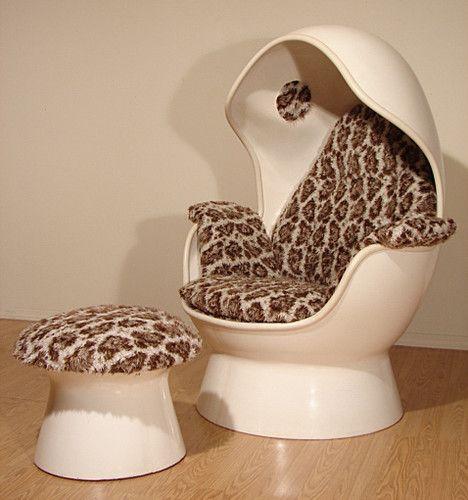 Retro Egg Speaker Stereo Chair Mid Century Modern Space Age Eames