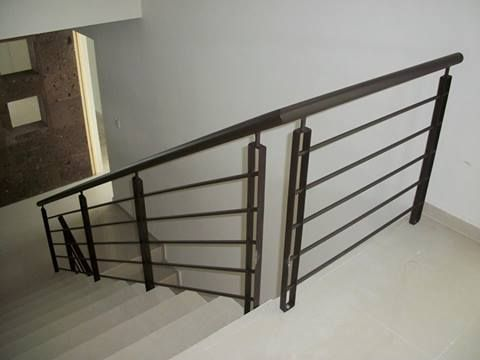 Pasamanos escalera herreria pinterest pasamanos for Pasamanos de escaleras interiores