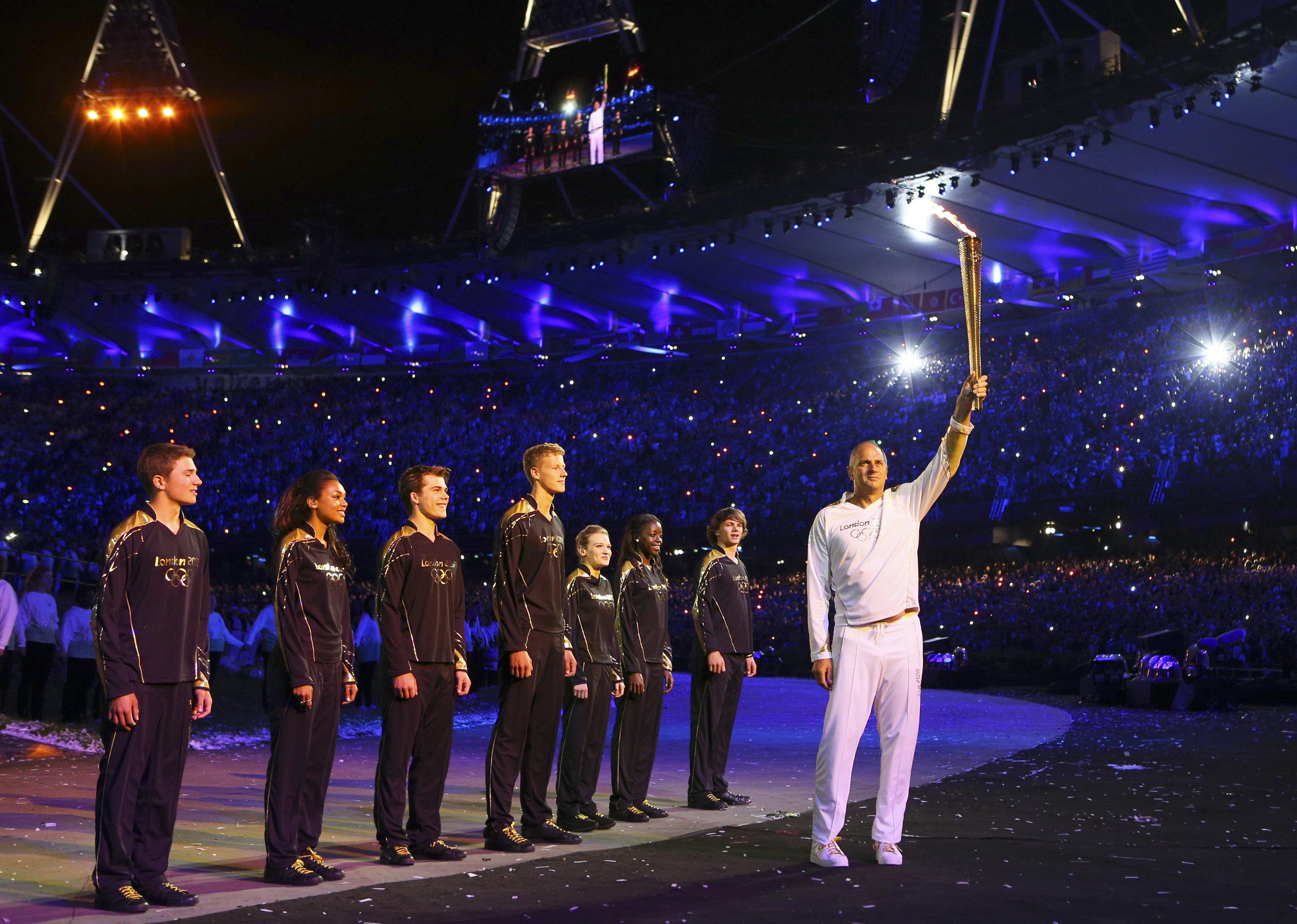 london-olympics-opening-ceremony-21721269jpg 3,865×2,753 pixels