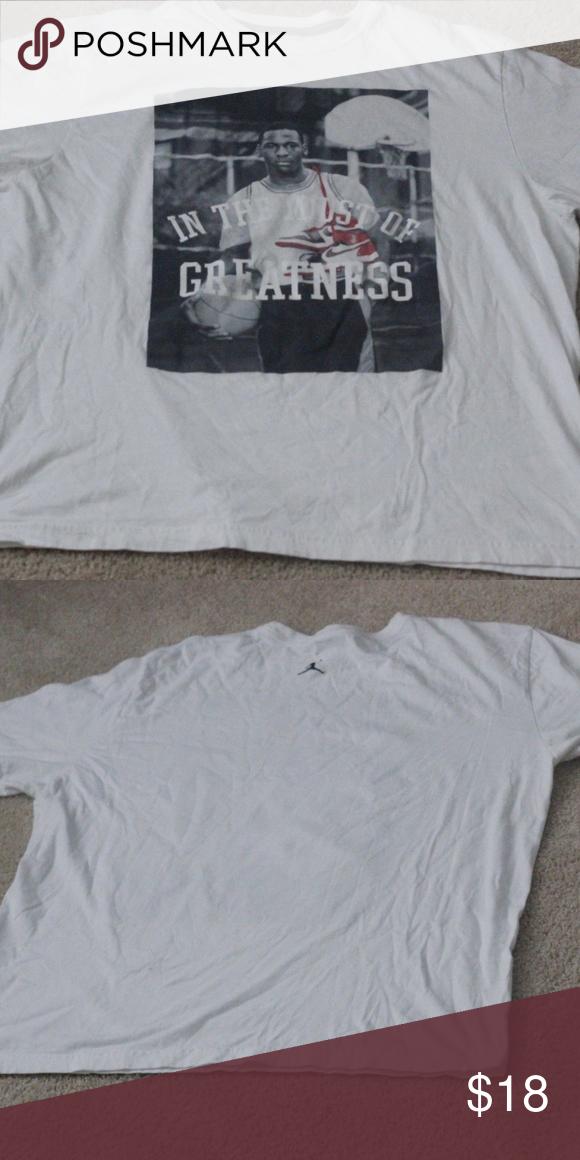 916e2e332bc043 Michael Jordan Nike T Shirt Bulls In The Midst Of Michael Jordan Nike White T  SHirt Bulls In The Midst Of Greatness.T Shirt is in really good condition.
