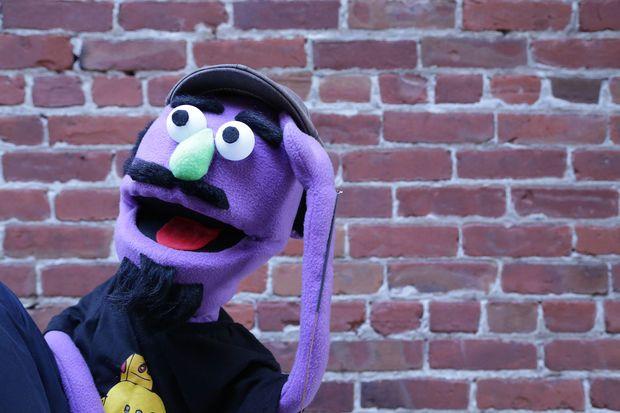 Unicornhatparty: kids diys by truebluemeandyou • diy muppet puppet.