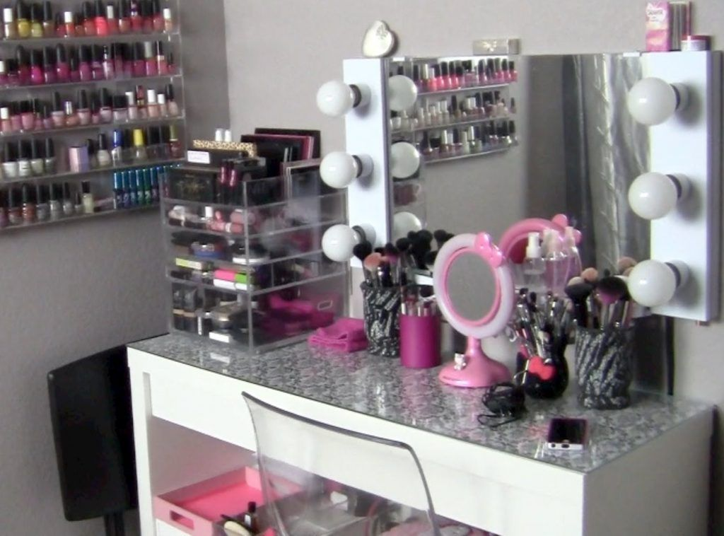 Creative Makeup Organizer Table Inspirations For Tidy Vanity Table |  Loltab.com