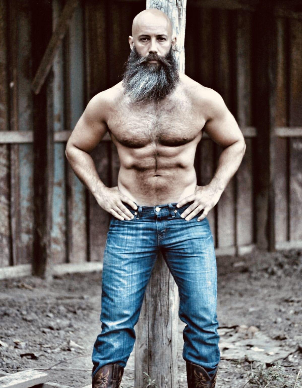 Muscle Woof On Instagram Bears: Woof! Is Hot Hot Hot💦