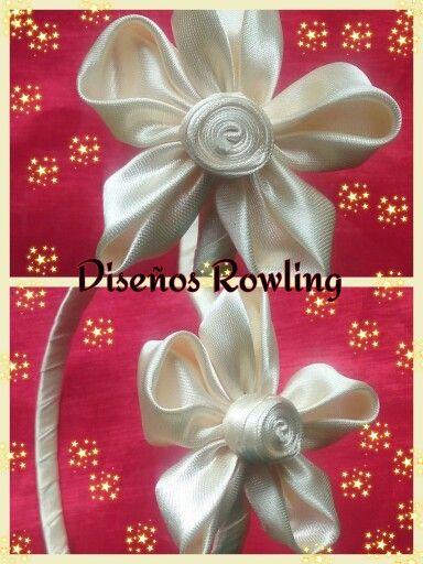 Vincha con flor de de raso