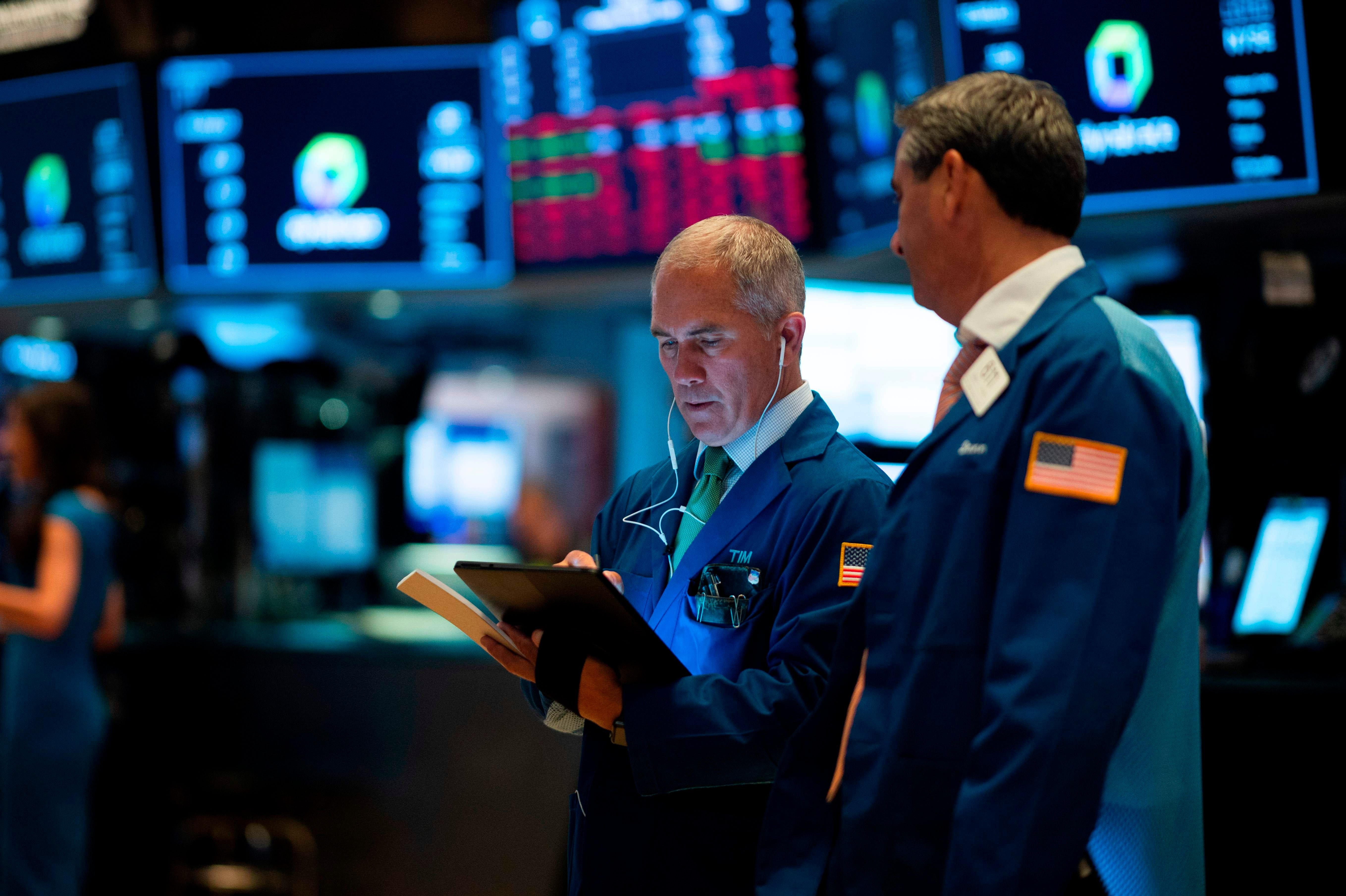 Stocks sink after trump raises tariffs on china dow sours