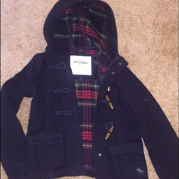 Abercrombie kids navy peacoat Was my favorite jacket until it got too small, worn quite a bit, is a kids large. Would be willing to drop the price Abercrombie kids Jackets & Coats Pea Coats