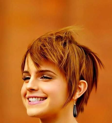 Very Short Hairstyles for Round Face Females: Cute Looks