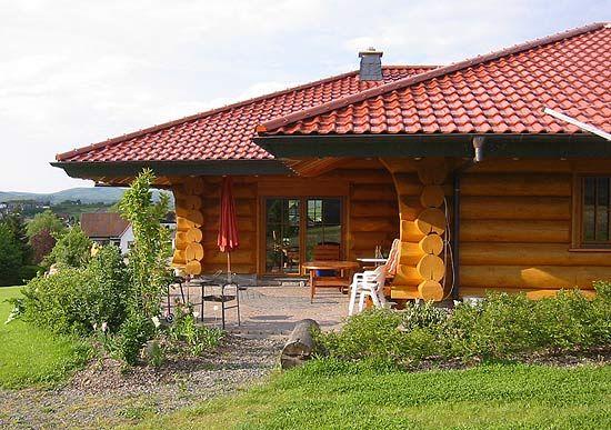 wohntr ume aus holz blockhaus canada can naturstammhaus blockh user pinterest holz. Black Bedroom Furniture Sets. Home Design Ideas