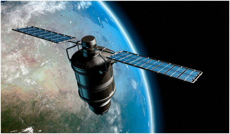 A Us Satellite Abandoned In 1967 Began Sending Eerie Transmissions Again In 2013 Weather Satellite Military Satellite Earth Orbit