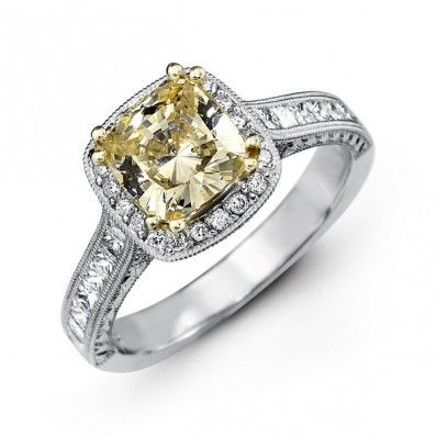 14K White Gold Halo Style Diamond Engagement Ring 0.22 ct rd 0.55 ct