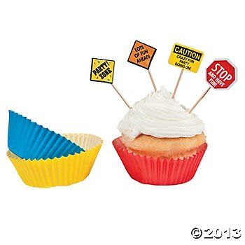 Amazon Com Construction Zone Birthday Party Baking Cups And Picks
