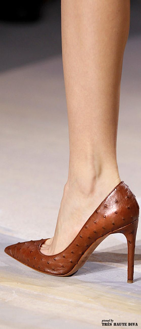 Valentino haute couture spring 2014 the fashion show for Haute couture shoes
