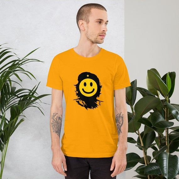 Che Guevara does smile T Shirt #cheguevara Che Guevara does smile T Shirt