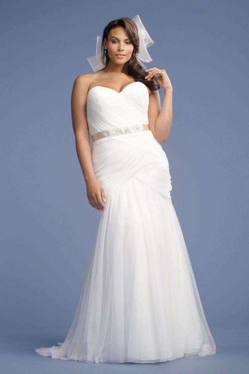 The curvy fashionista for the plus size bride wtoo curve plus