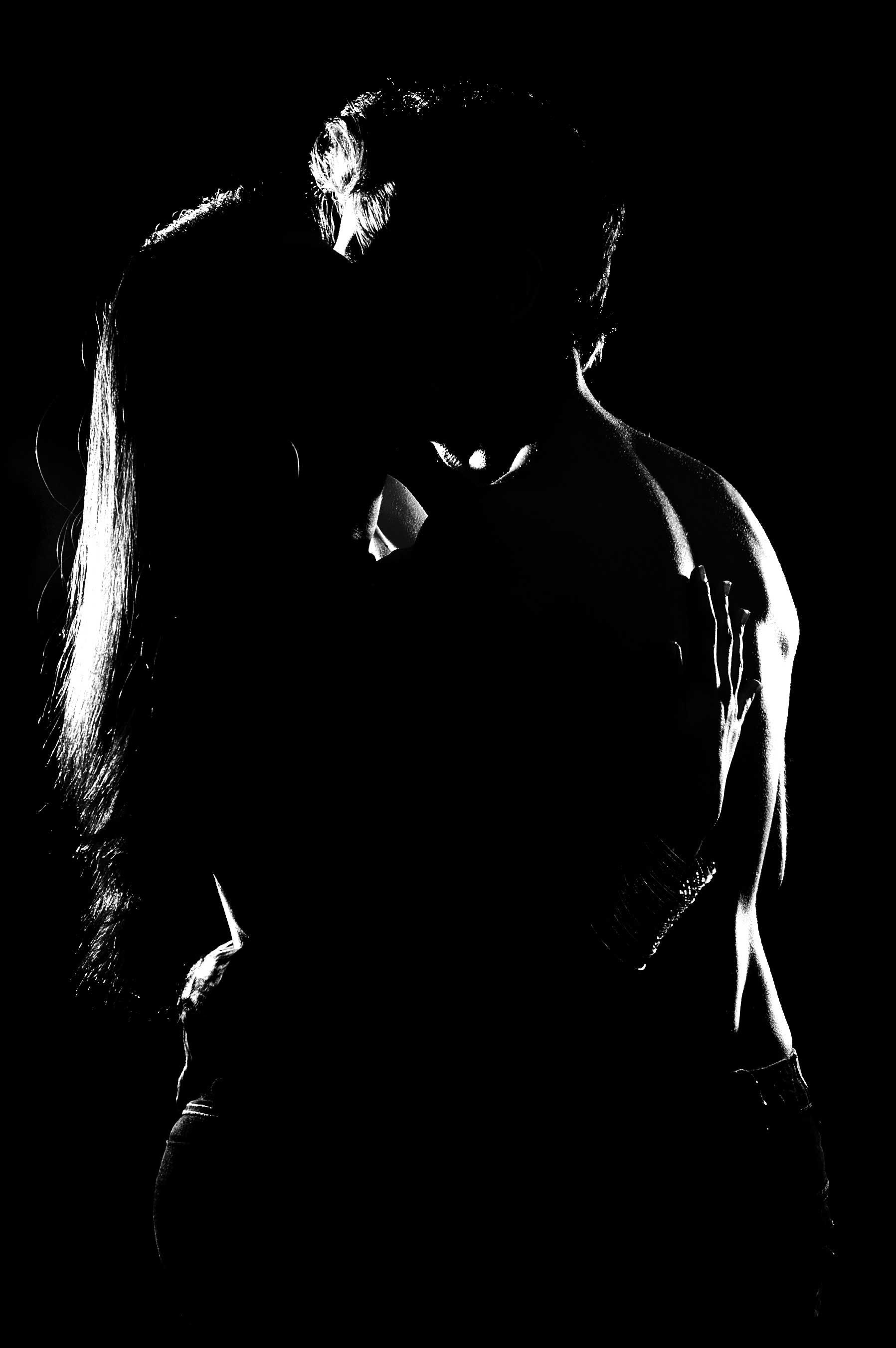 Hot Couple Wallpaper Theme Pictures Of Love Couple Love Wallpaper Kissing Silhouette