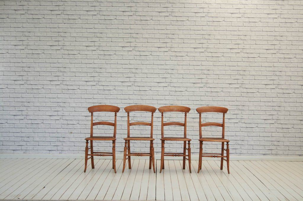 Four Victorian bar back chairs with cane seats/kitchen chairs