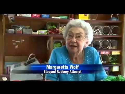 96-Year-Old Stops Robbery, Offers Him Tootsie Rolls Instead