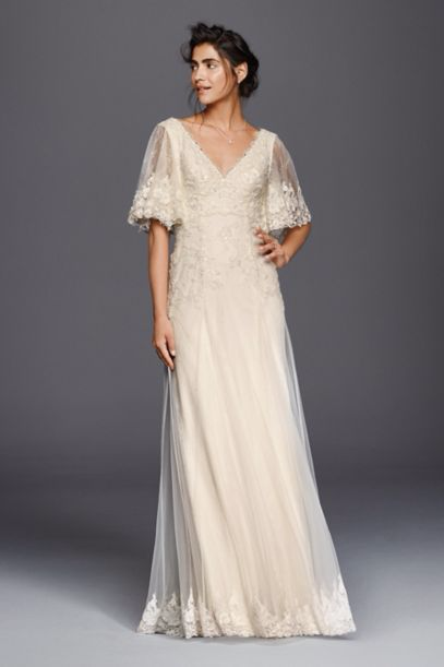 ff6da63f974 Gorgeous wedding dresses that will fit right in with your rustic ceremony