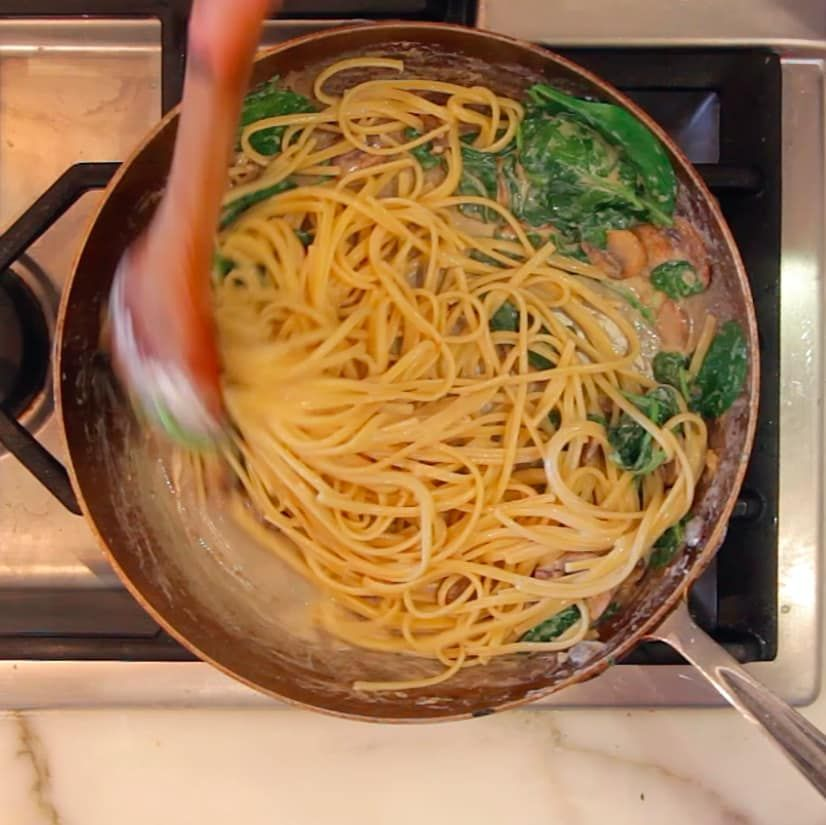 here's a weeknight pasta that you can make in 20 minutes