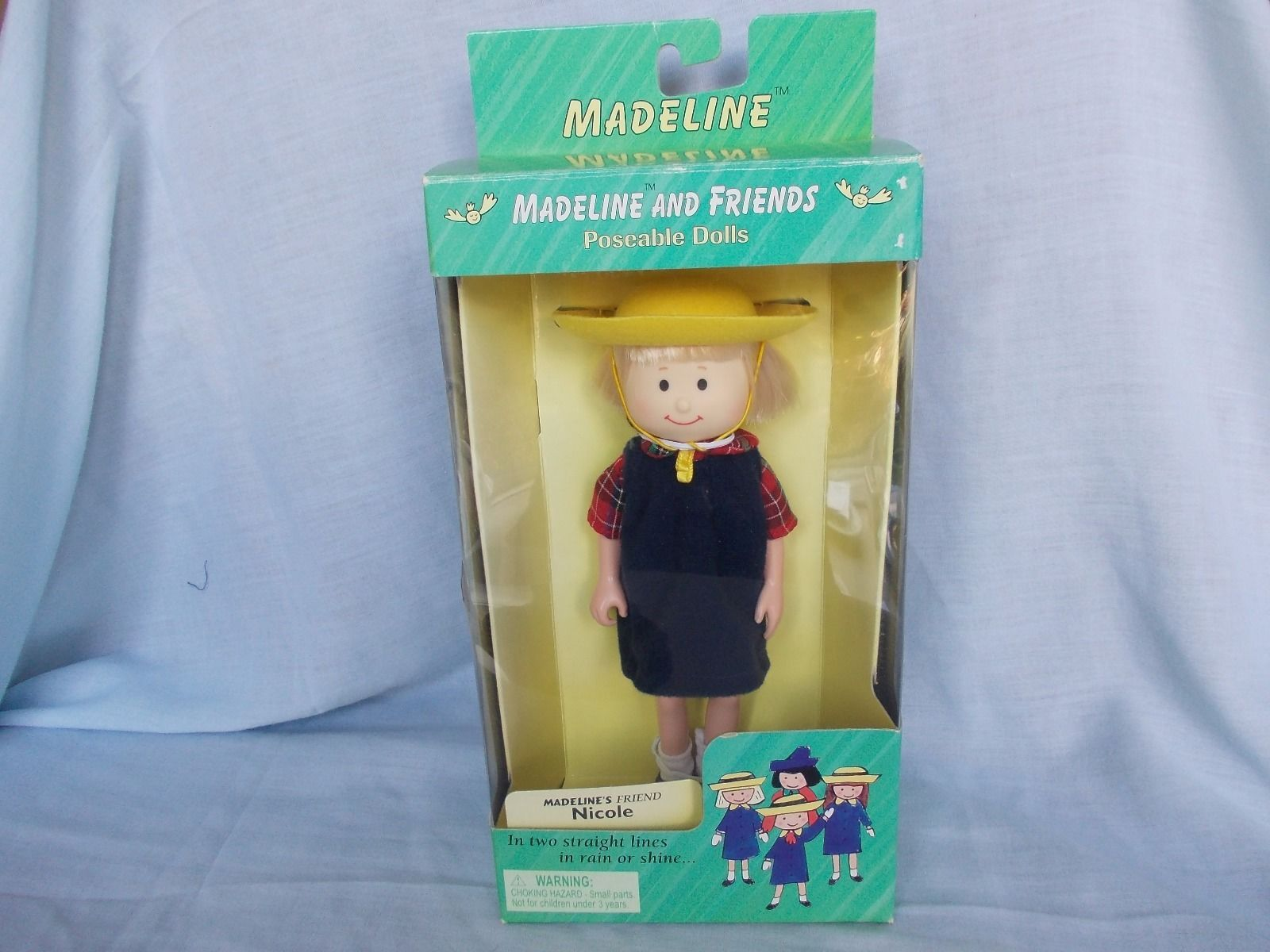 VINTAGE MADELINE DOLL FRIEND NICOLE POSEABLE DOLL BOXED IN GOOD CLEAN CONDITION