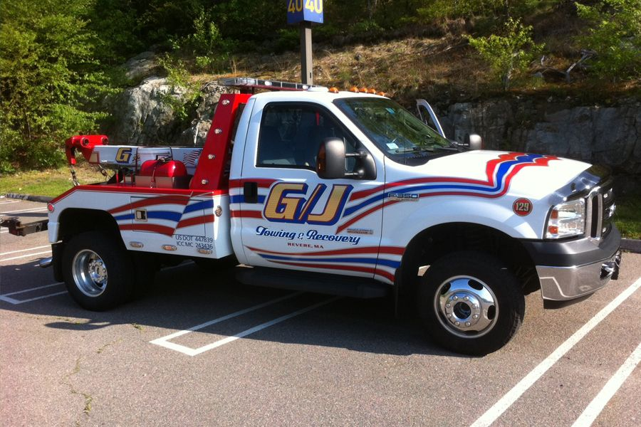 G X2f J Towing Amp Recovery Serving The Greater New England Area Towing Tow Truck