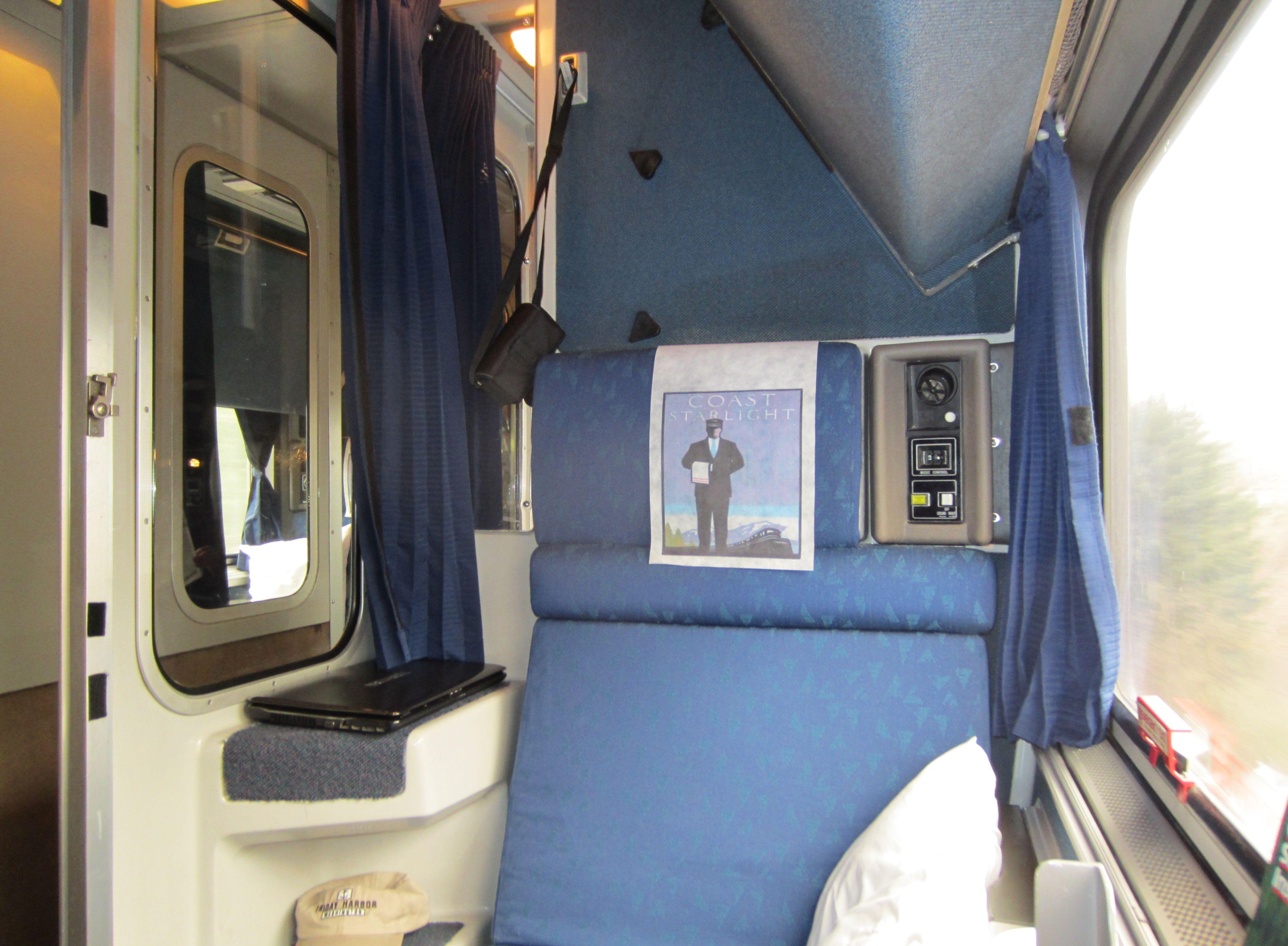 Roomette in the Amtrak Coast Starlight, March 2012 | Train ...