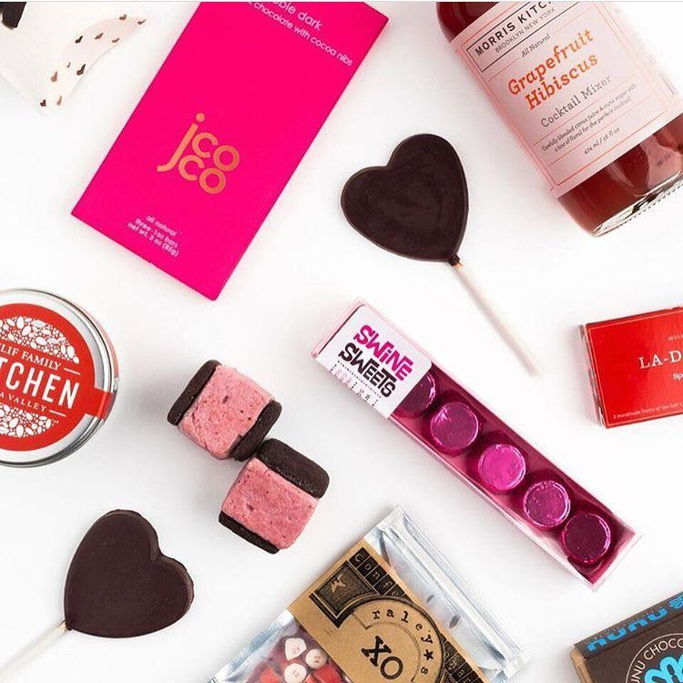Spotted: our pretty-in-pink Noble Dark bar in @mouthfoods' Valentine's Day collection!