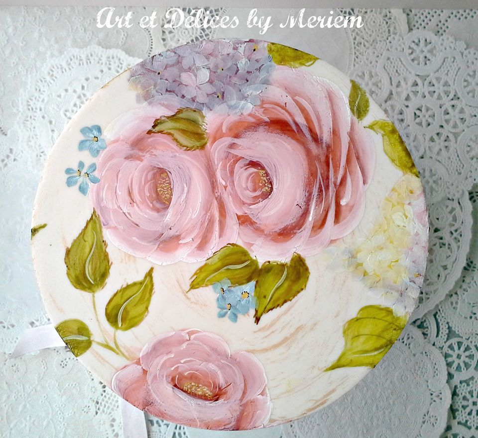 Here is the top view of my floral cake  Thanks for looking. https://www.facebook.com/ArtEtDelicesByMeriem?fref=photo