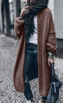 30 Stunning Winter Fashion Ideas #WomenCasualOutfits #WomenFashionIdeas #WomenWinterOutfits