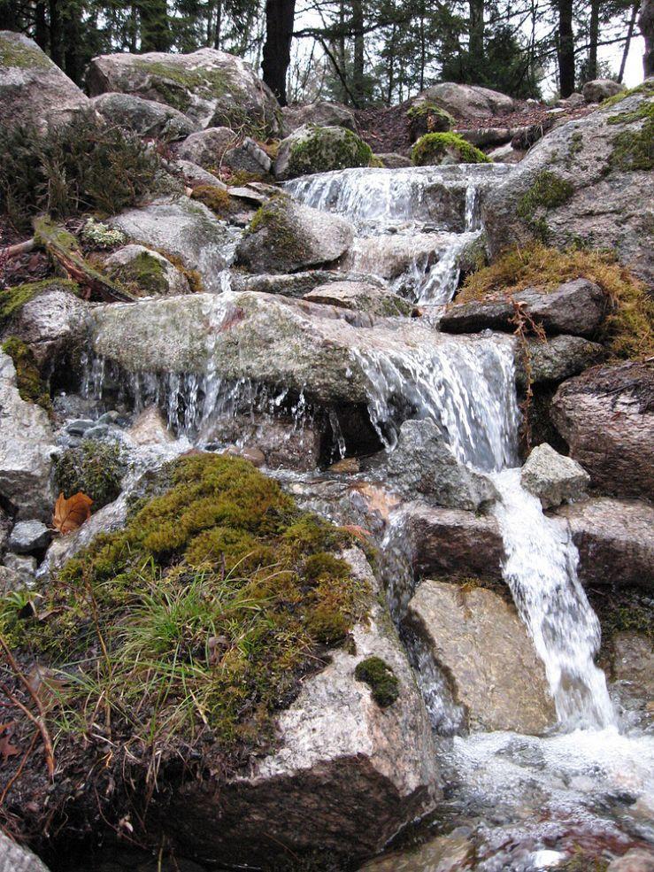 Pondless Waterfall Transforms Backyard In Nh Pondless