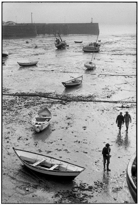 Martine Franck FRANCE. Basse-Normandie. Manche. Granville. 1978.