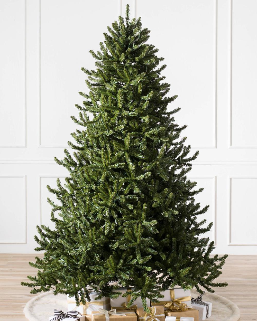 Adirondack Spruce Artificial Christmas Tree Balsam Hill Realistic Artificial Christmas Trees Cool Christmas Trees Best Artificial Christmas Trees