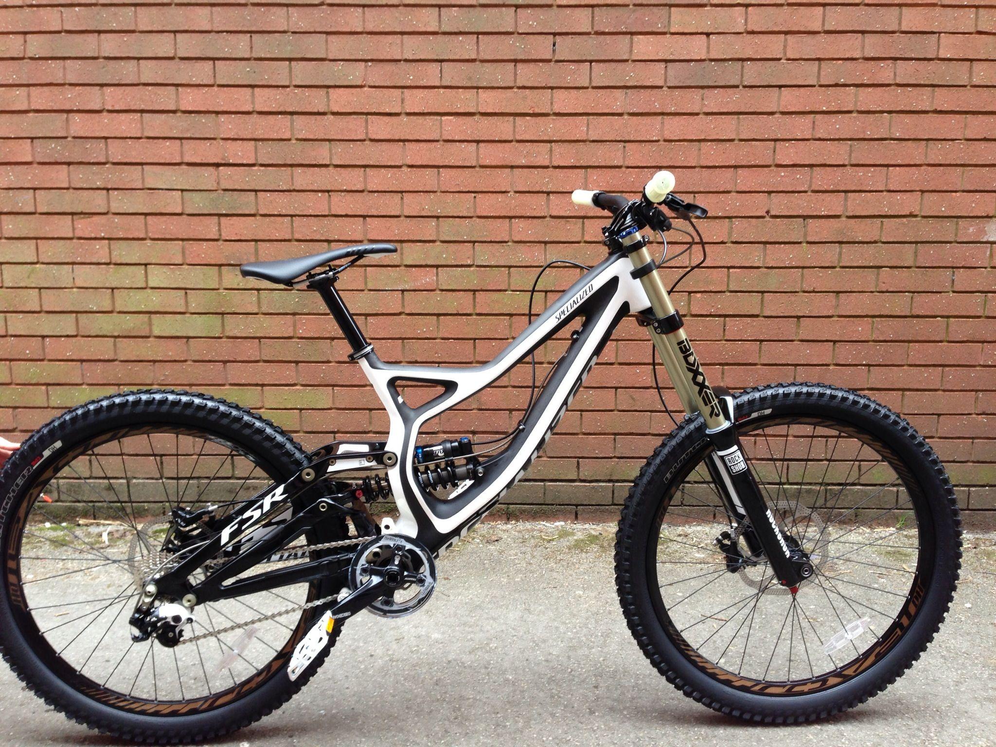 Matts Specialized Demo, one very nice bike.