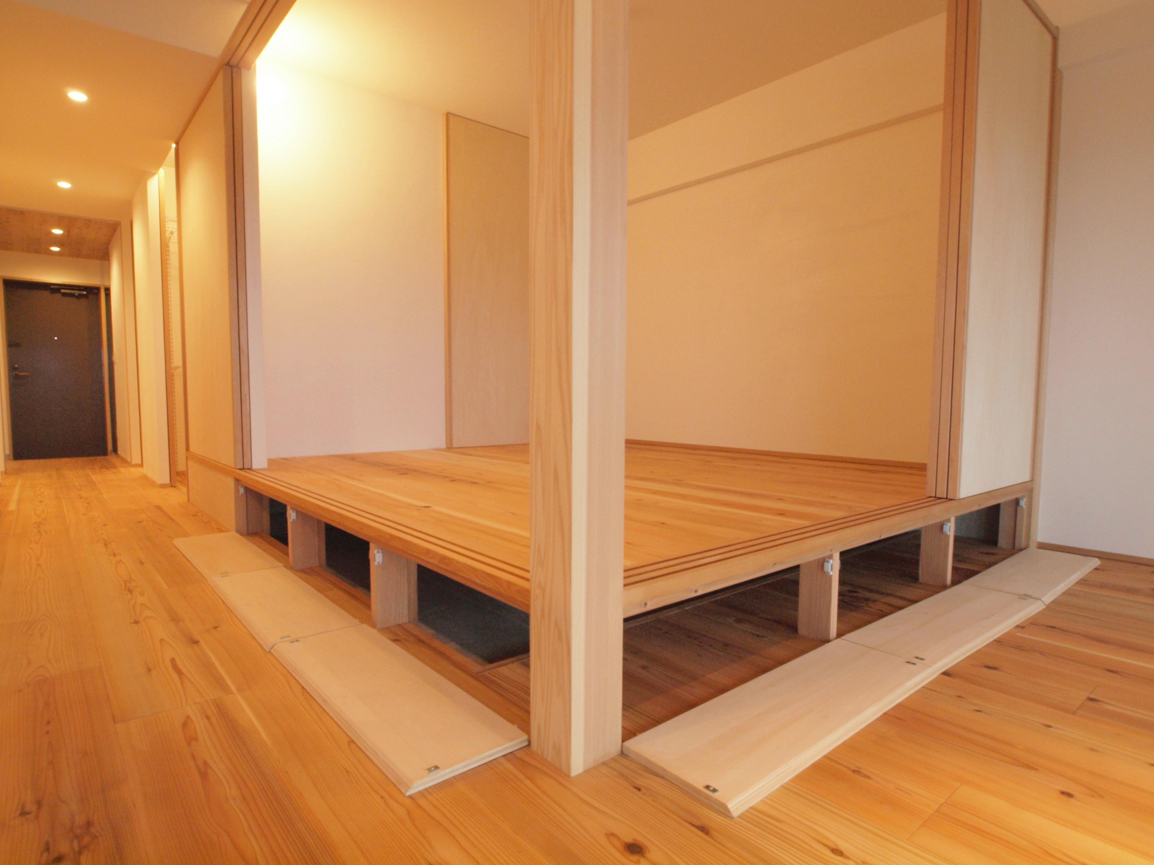 小上がりの床下は大容量の床下収納 Br Br 小上がりの段差は