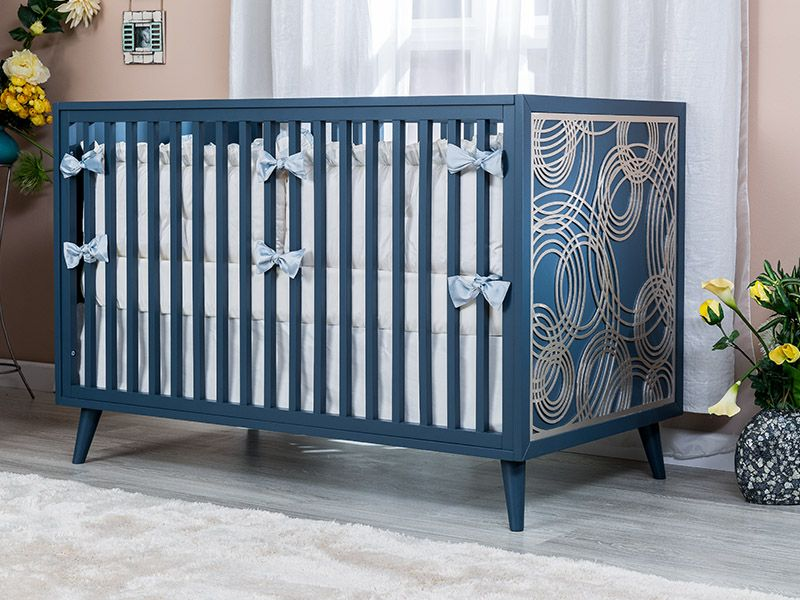 Romina New York Classic Crib With Optional Laser Cut Applique