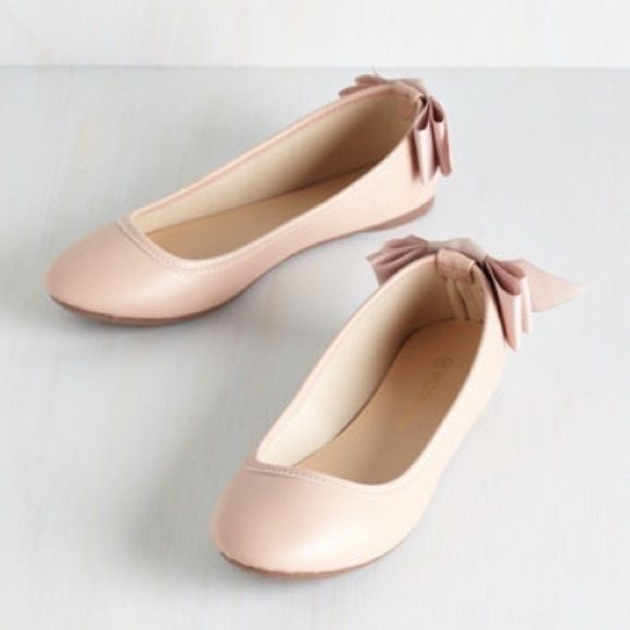 NWT Blush Flats From ModCloth Tasteful Touch Flats in Blush from ModCloth. Size 8 1/2. Brand new in box. Has beautiful bow on back. Has original box. Please ask any questions :) ModCloth Shoes Flats & Loafers