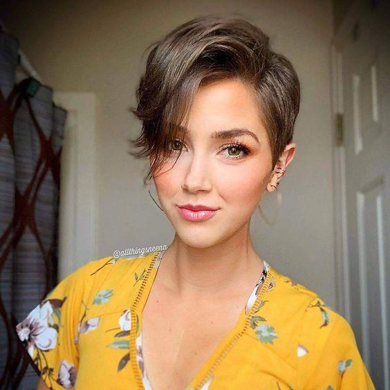 10 tips para que tu cabello corto no se esponje en