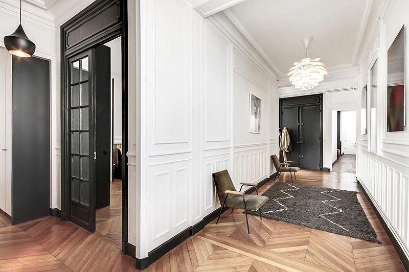 Un appartement haussmannien moderne et design | Interiors, Salons ...