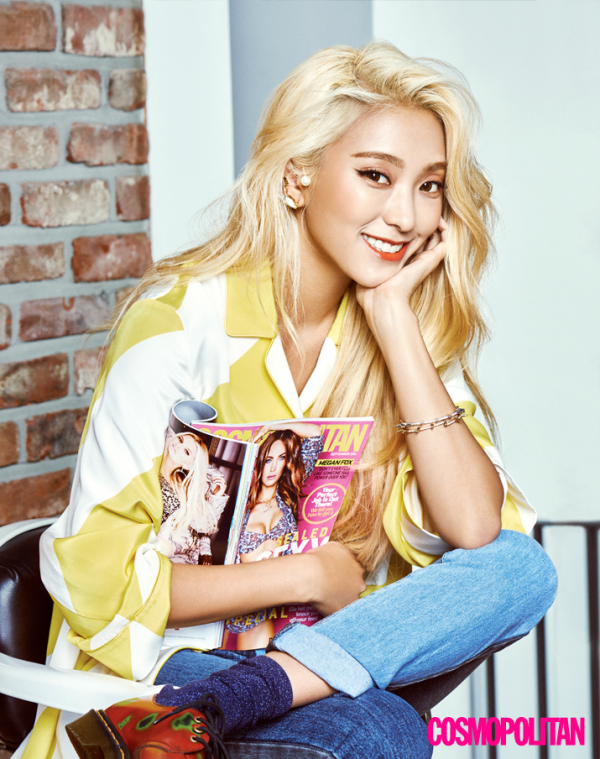 Cosmopolitan Releases More Photos Of Idol Best Friends Tiffany And Bora Sistar Kpop Girls Sistar Kpop