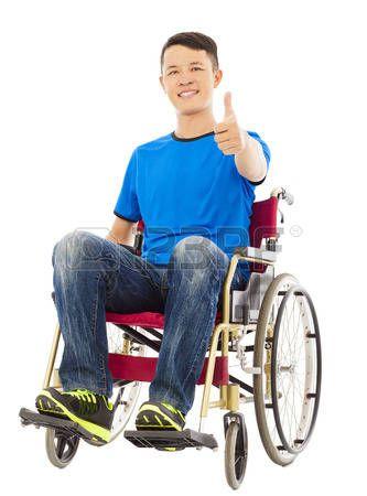 Un Hombre De Dibujos Animados Discapacitados En Silla De Ruedas Silla De Ruedas Ruedas Hombres