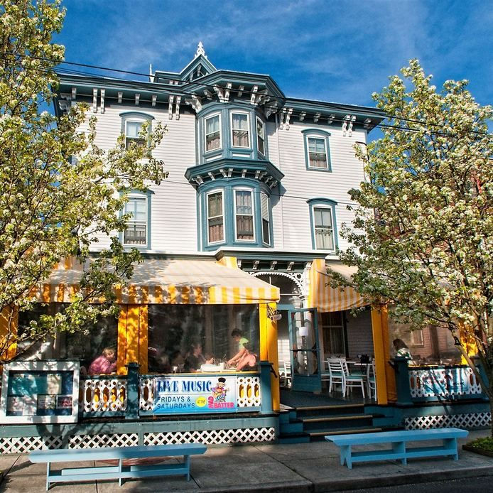 Hotel in Cape May, NJ Highly Rated Hotel & Restaurant