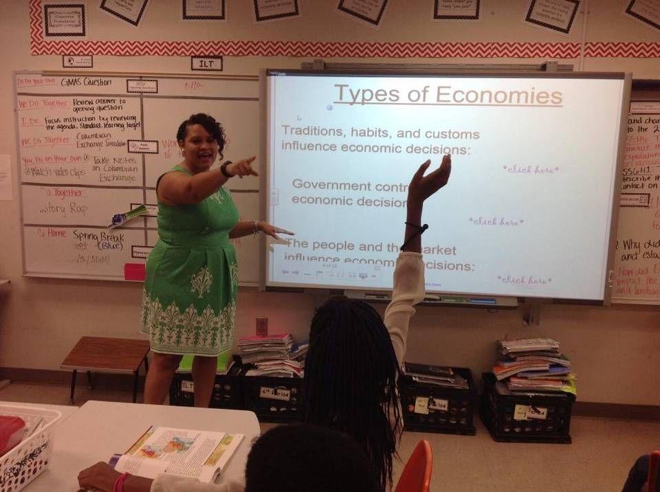 Columbus teacher remixes popular rap songs in her