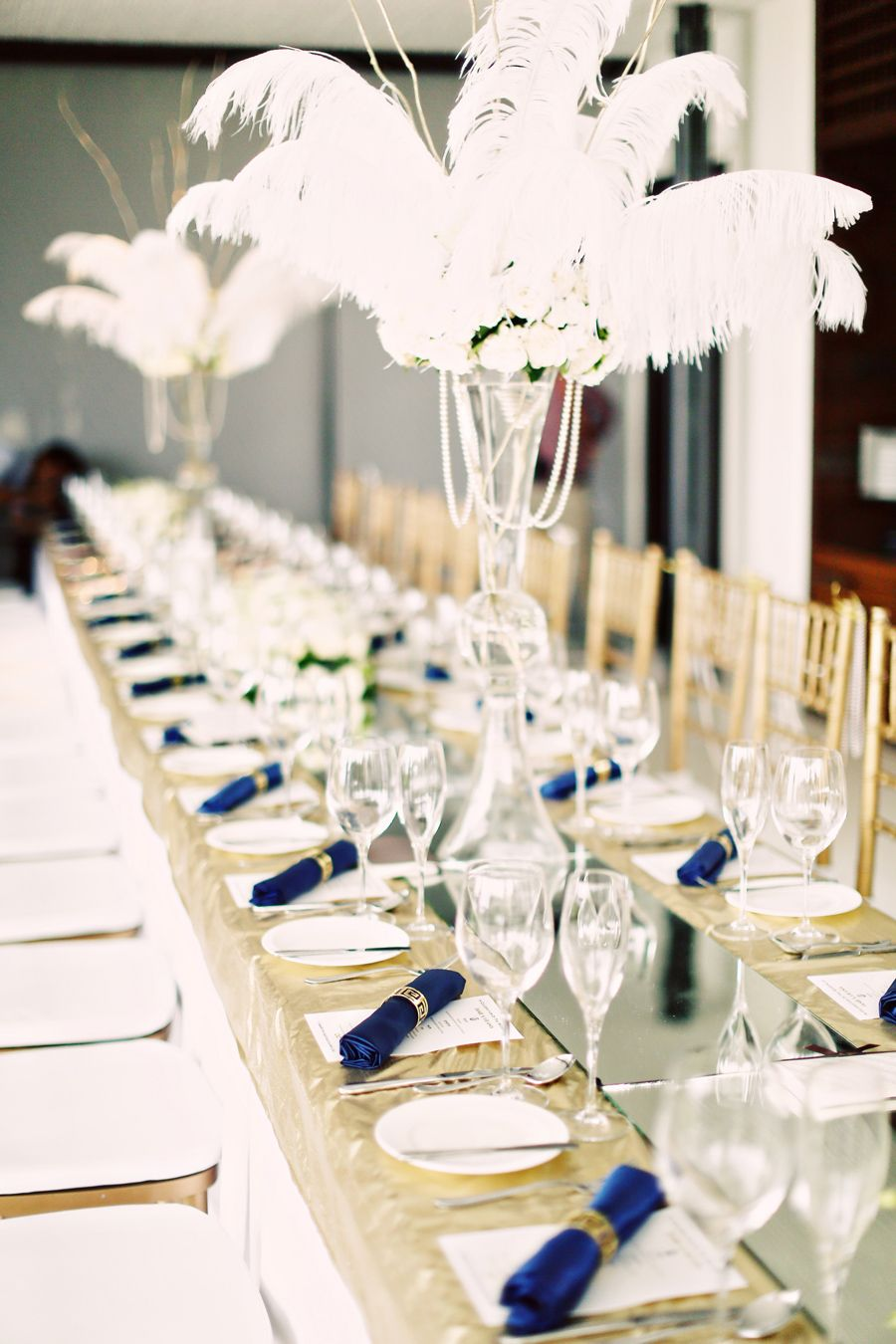 White ostrich feathers for a Gatsby / Art Deco themed wedding ...
