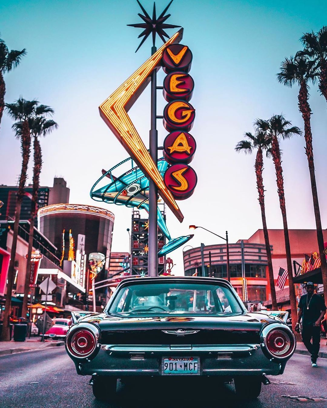 "Las Vegas on Instagram ""Old school, all the way. 😎 ⚡"