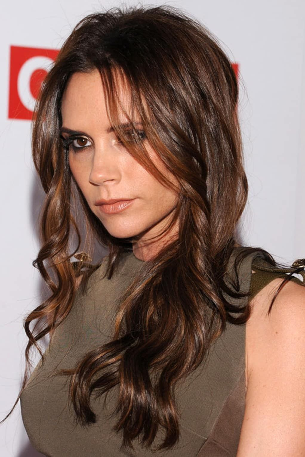 How to Add Highlights to Dark Brown Hair at Home makeup