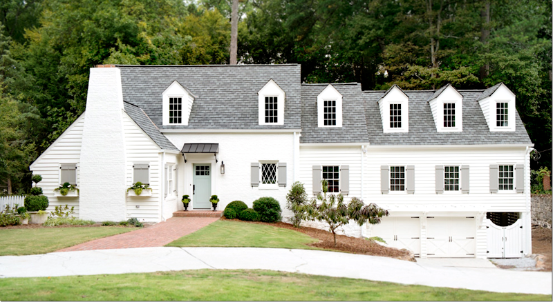 Alabaster Sw 7008 As Main Body Exterior White Exterior Houses White Exterior Paint House Paint Exterior