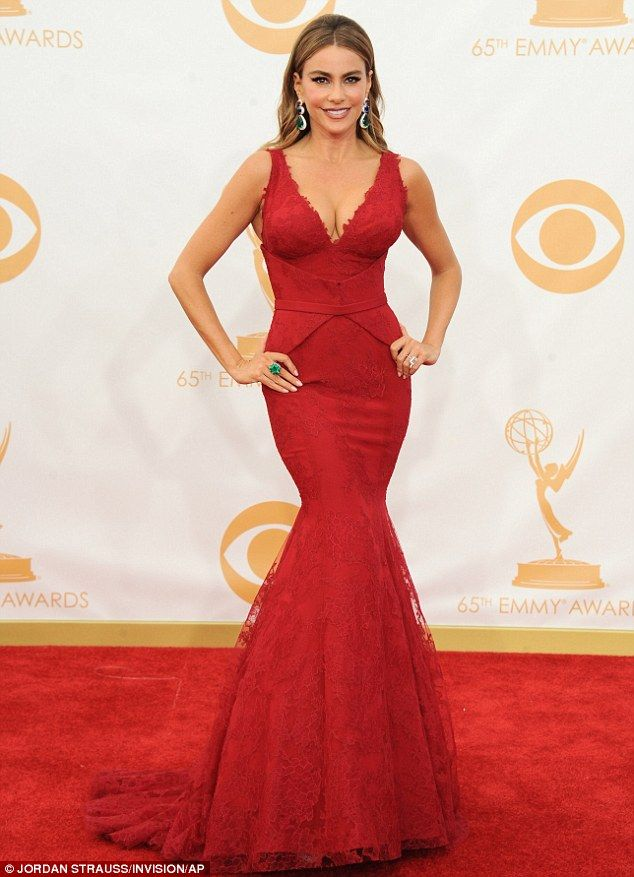 8d8e7363527ddf Sofia Vergara s dress is dubbed the hardest working dress at the Emmys
